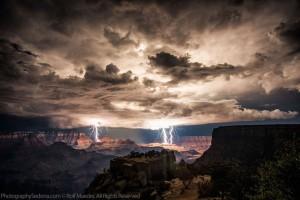 grand-canyon-lightning-storm-rolf-maeder1